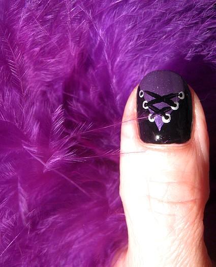ongles glamour burlesque. Black Bedroom Furniture Sets. Home Design Ideas